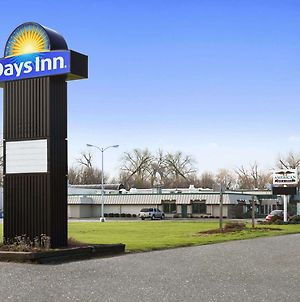 Days Inn By Wyndham Rock Falls photos Exterior