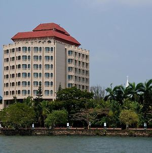 The Gateway Hotel Marine Drive Ernakulam photos Exterior