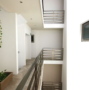 Menesse Apartment 25 26-04 By Imexico photos Exterior