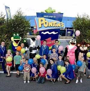 Pontins Southport Holiday Park photos Exterior