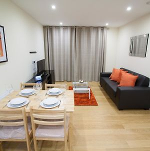 Drake Way Serviced Apartment photos Exterior