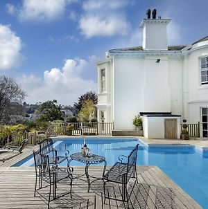 Woodend - Luxury Seaside Villa photos Exterior