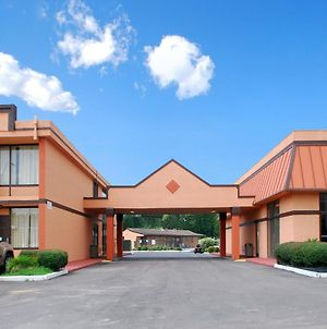 Americas Best Value Inn & Suites Memphis E photos Exterior