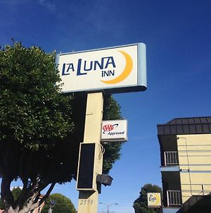 La Luna Inn, A C-Two Hotel photos Exterior