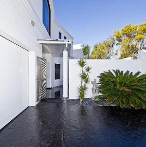 The Ultimate Ocean View - A Luxury Home photos Exterior