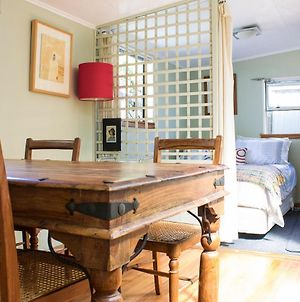 Cosy And Private Flat Near Beach, Wineries And Riverside Cycle Trails photos Room
