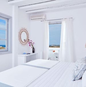 Mr. And Mrs. White Paros - Small Luxury Hotels Of The World photos Exterior