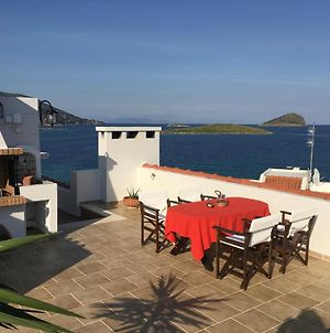 Bay Watch Apartment Close To The Airport At Porto Rafti photos Exterior