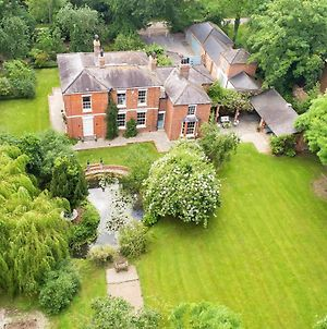 The Coach House 2 Bedroom With Pool Table In Pretty Rural Village photos Exterior