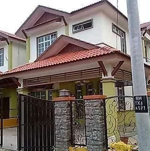 Homestay Sungai Petani photos Exterior