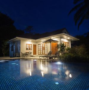 Alisea Pool Villas photos Exterior