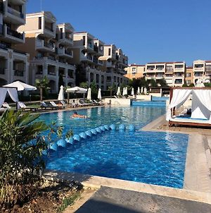 Comfortabelnye Apartments Near Moria Green Life Beach photos Exterior