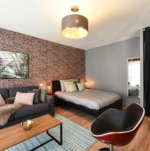 Nice And Modern Studio In The Heart Of Annecy photos Exterior