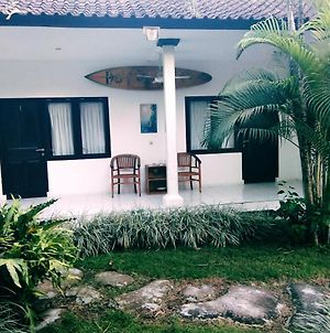 Bali Surf Tours Home Stay photos Exterior