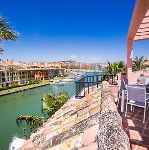 Sotogrande Marina 2 Bed Penthouse W. Large Terrace photos Exterior