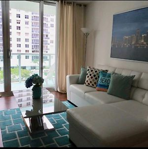 Miami Hollywood One Bedroom With Direct Beach Access 5C38 photos Exterior