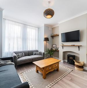 Lovely Modern Apartment - Fast 100Mbps Wifi - Netflix photos Exterior