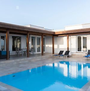 Luxury Villa Private Pool Lanzarote photos Exterior