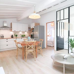 Luxury Loft Renovated In Old Antibes / 250M From Beach photos Exterior