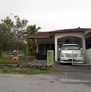 Bee Rizqie Homestay photos Exterior