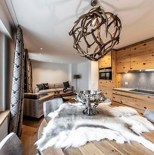 Unique Alpic Style Apartment In The Heart Of Davos photos Exterior