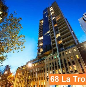 2Br 2Bth + Car = Amazing Space Melbourne Cbd Views photos Exterior
