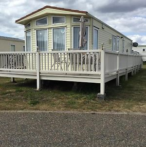 179 North Denes Park,Lowestoft, Mobile Home photos Exterior