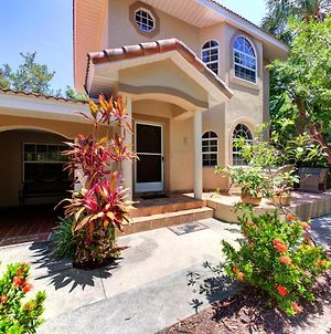 Beautiful Property On Siesta Key photos Exterior