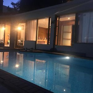 Beautiful House Private Swimming Pool photos Exterior