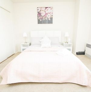 Chill And Relax In West Hollywood - 2Br & 2 Ba photos Exterior