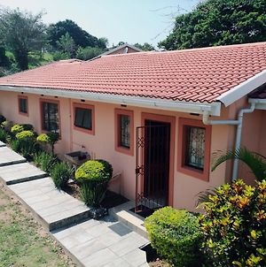 Oniely Guesthouse Situated In Kloof photos Exterior
