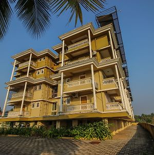 Oyo 10797 Home 2Bhk Varca Beach photos Exterior