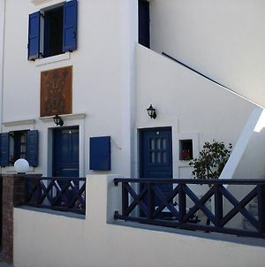 5Bedroom Villa In Perissa Beach photos Exterior