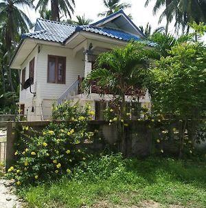 300 Meters From The Beach 2 Bedroom Wheel Chair Ready photos Exterior
