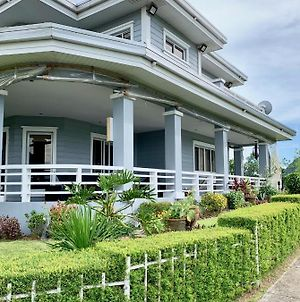 Tagaytay House With Full Terrace photos Exterior