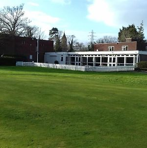 Ellesmere Port Golf Club photos Exterior