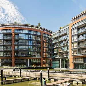 Luxury Ensuite 2-Bed 2-Bath New Build Apartment - 30 Seconds From Victoria Station photos Exterior