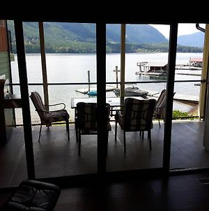 Spectacular Sproat Lake photos Exterior