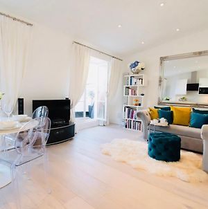 Modern Luxury Notting Hill Penthouse 1 Bedroom Balcony Quiet Top Spec photos Exterior