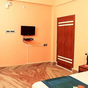 Oyo Rooms Ruby Em By Pass photos Exterior