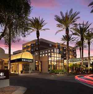 Doubletree Suites By Hilton Phoenix photos Exterior