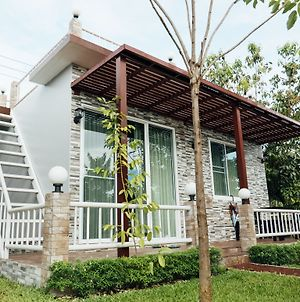 Farpratan Home And Garden photos Exterior