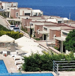 Modern Turkish Villa With Two Swimming Pools, Gorgeous Views, Wifi And photos Exterior