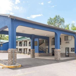 Days Inn By Wyndham Ruidoso Downs photos Exterior
