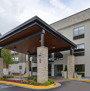 Holiday Inn Express & Suites Raleigh Ne - Medical Ctr Area, An Ihg Hotel photos Exterior