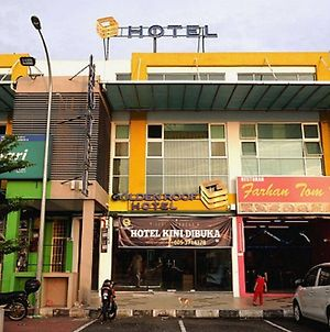 Golden Roof Hotel Seri Iskandar photos Exterior