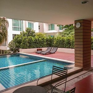 Nice Stay In Bangkok Near Emquartier photos Exterior