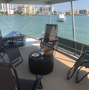 Emerald Gold Boat, 52 Foot Luxury Water Adventure Clearwater Beach photos Exterior