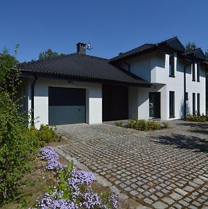 Modern Villa With Sauna, Right Next To The Lake! photos Exterior