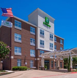 Holiday Inn And Suites Addison, An Ihg Hotel photos Exterior